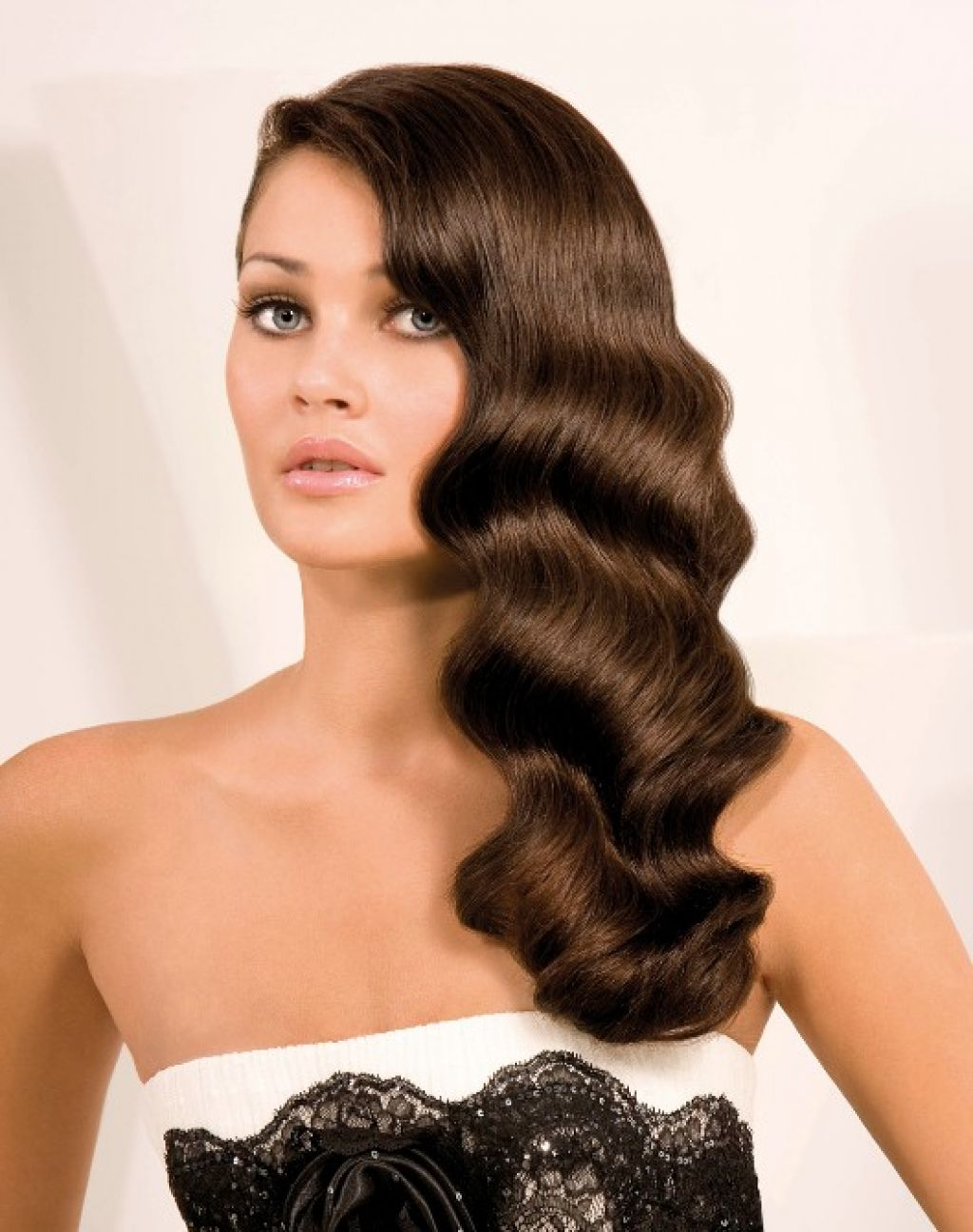Ретро причёски для длинных волос